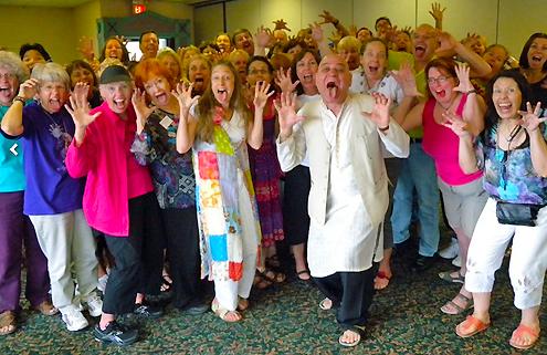 Formations de professeurs de yoga du rire avec le Dr Madan Kataria